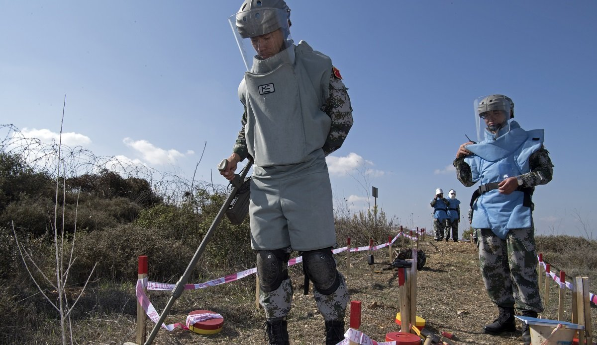 Keeping peace, through demining   UNIFIL