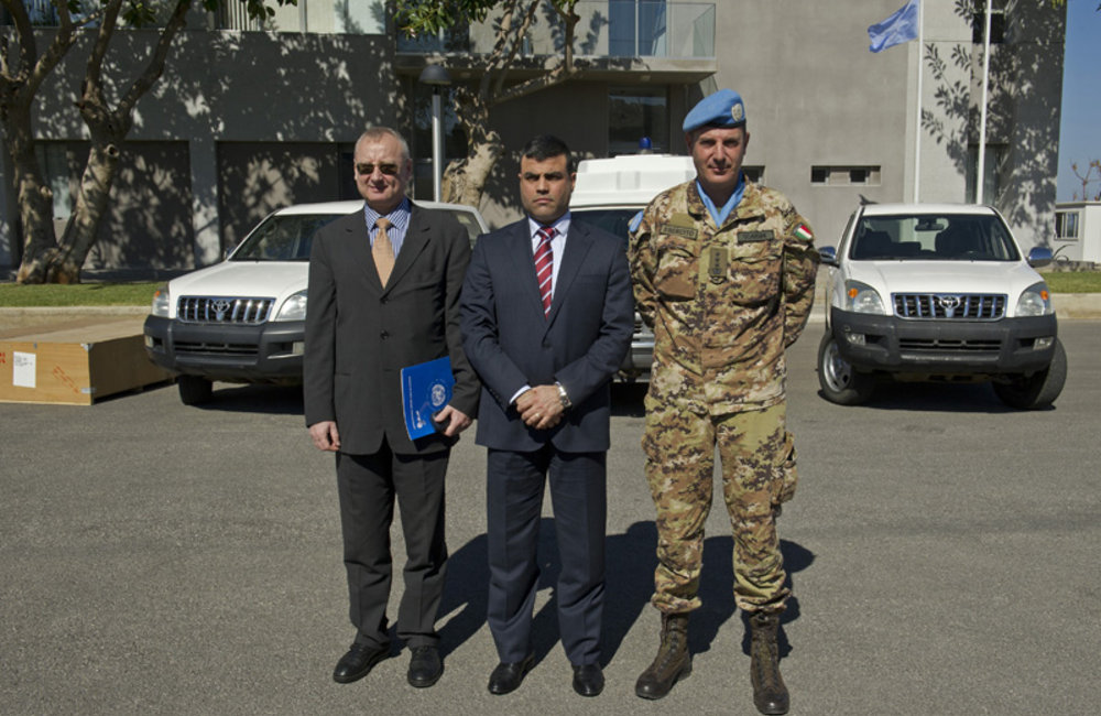 UNIFIL donates ambulance, two vehicles to General Security