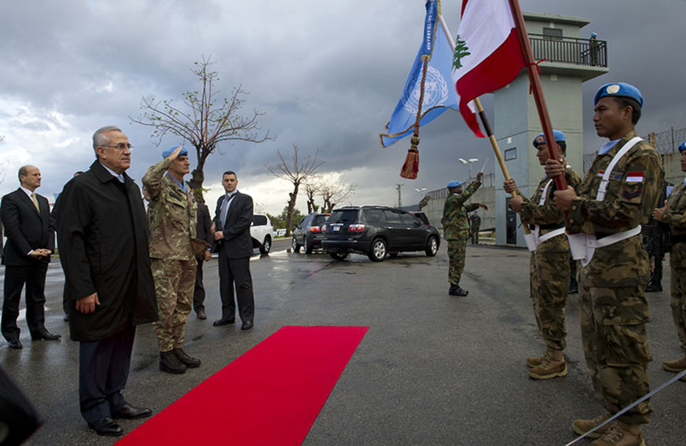 Lebanese President Sleiman visits UNIFIL