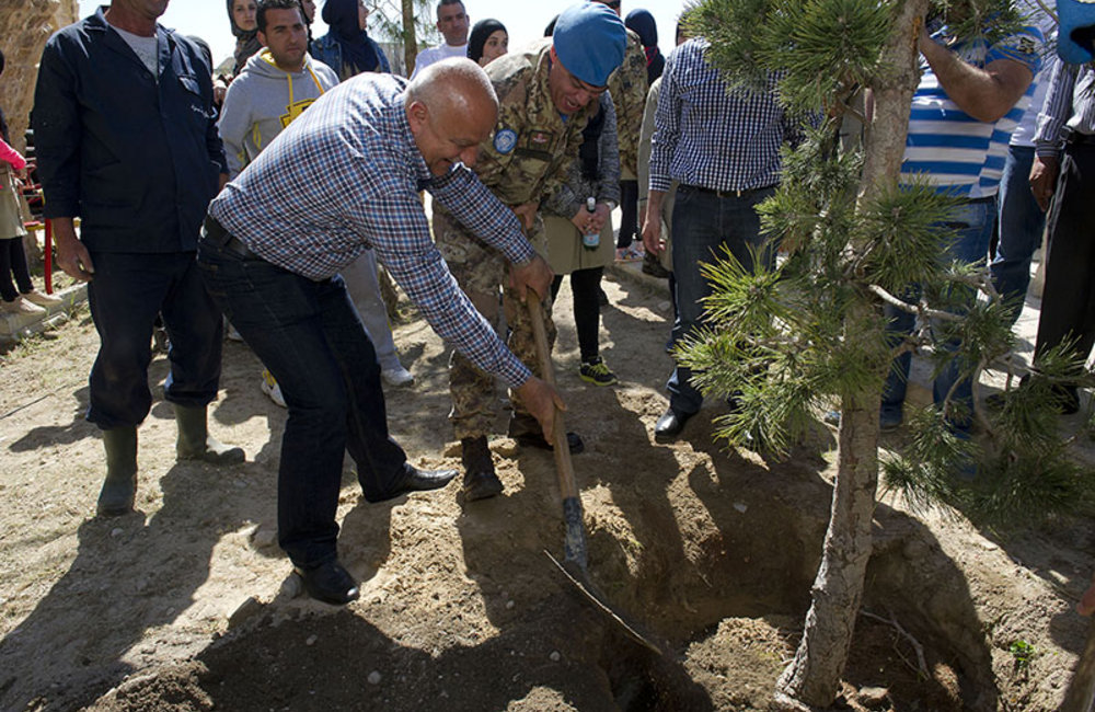 Mayor of Tyre Mr. Hassan Dbouk and UNIFIL Sector West Commander Maurizio Ricco planting a tree during World Water Day celebration held in Tyre.