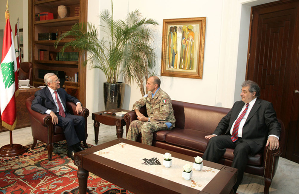 Head of Mission and Force Commander and Acting Deputy Head of Mission and Director of Political and Civil Affairs Mr. Karen Tchalian meet with Lebanese President Michel Sleiman.