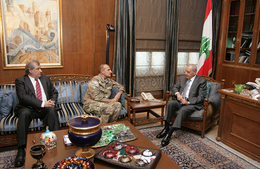 Head of Mission and Force Commander Major-General Paolo Serra and Acting Deputy Head of Mission and Director of Political and Civil Affairs Mr. Karen Tchalian meet with Parliament speaker Nabih Berri.