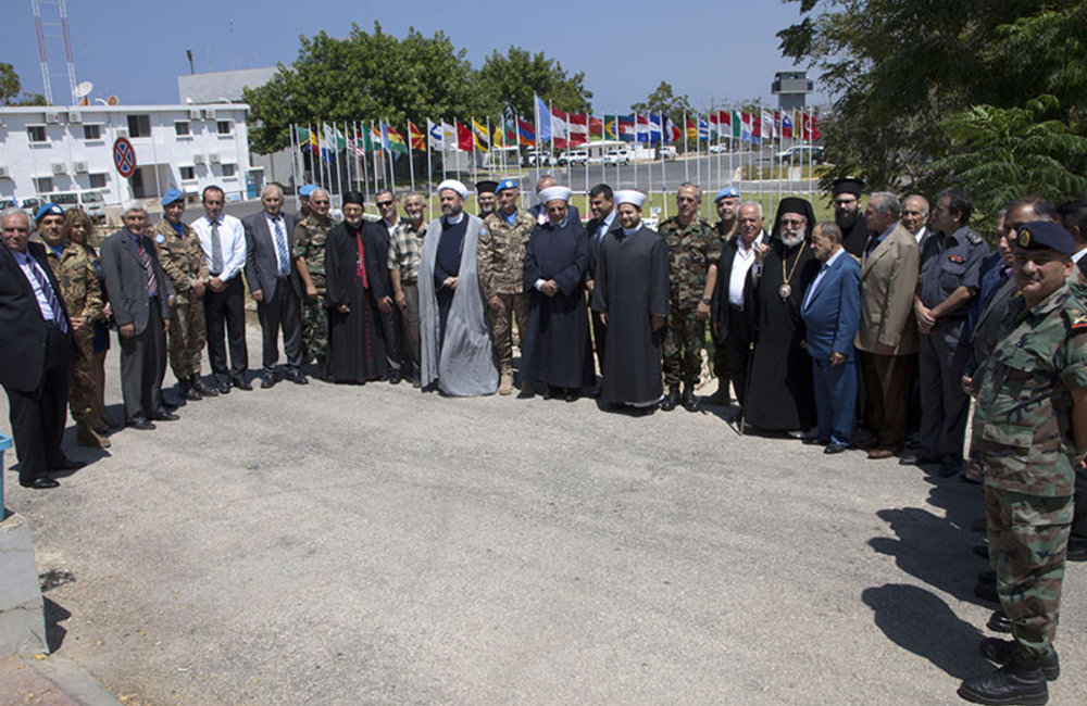 Group photo of local authorities with Maj Gen Luciano Portolano after meeting in UNIFIL HQ, in Naqoura, south Lebanon.