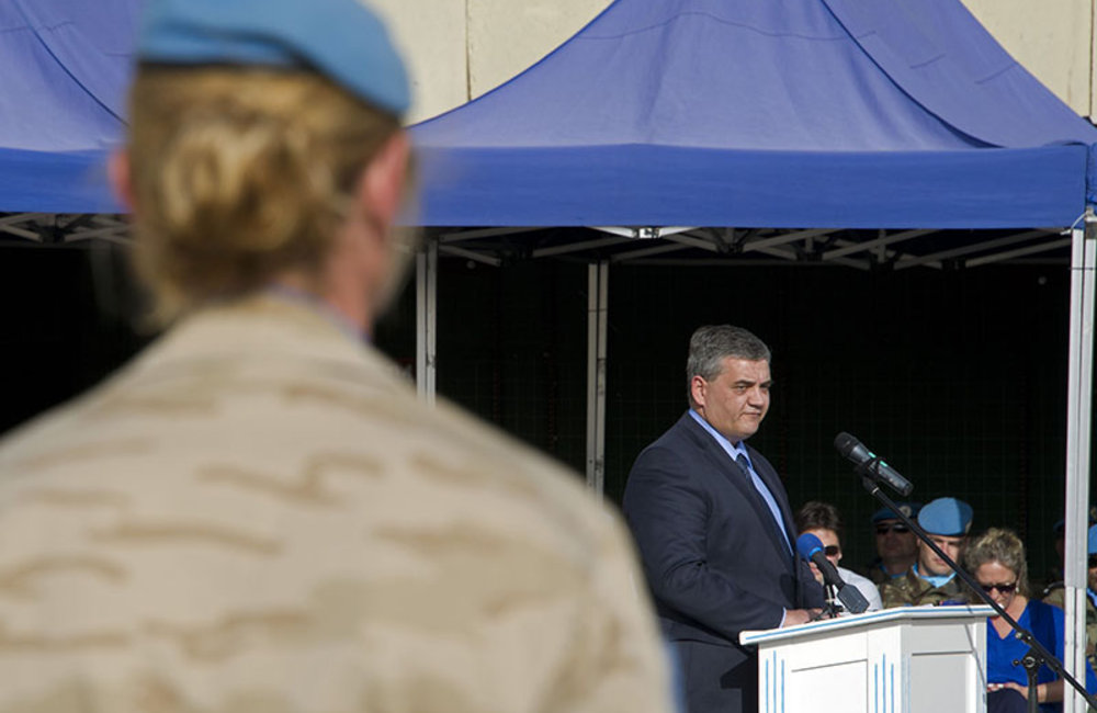 Belgian Minister for Defense, Mr. Steven Vandeput thanks his troops for their contributions to the peacekeeping efforts in south Lebanon.