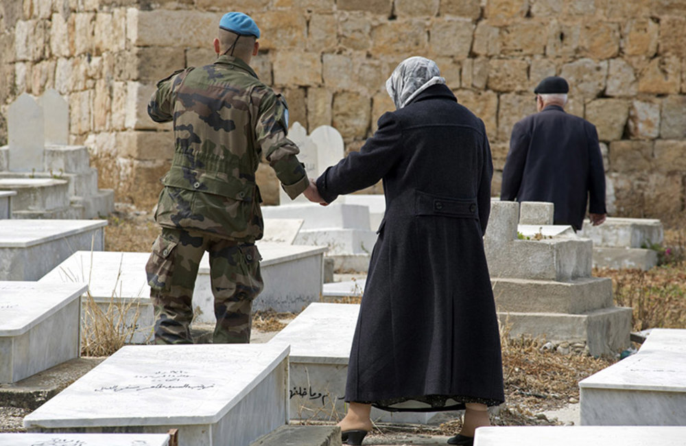 Family reunion for French peacekeeper