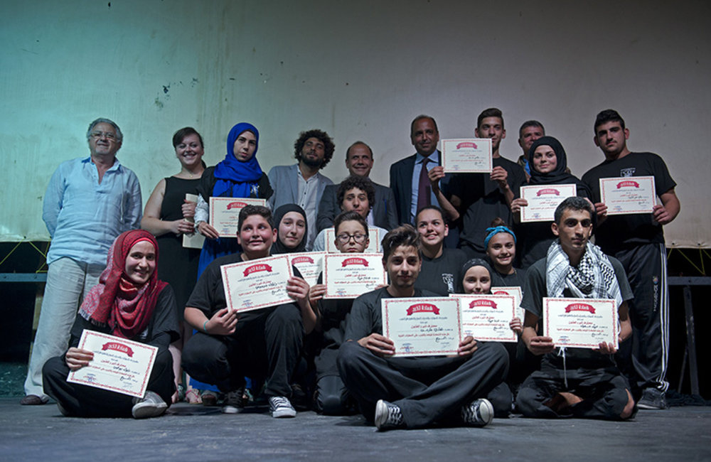 Performers are awarded with the diploma of the Tyros Arts Association in Tyre.
