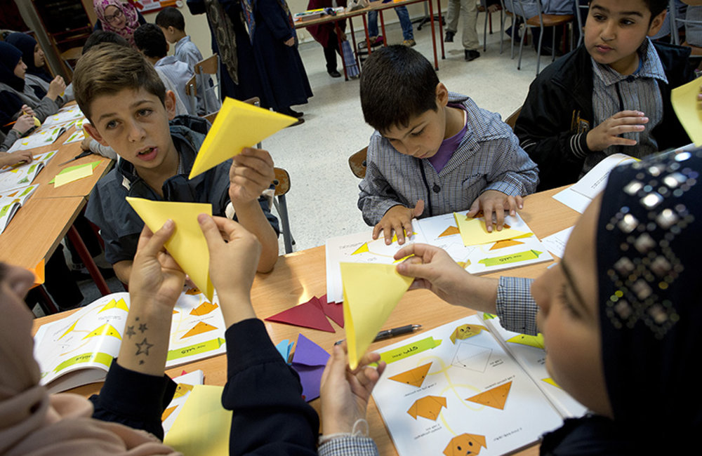 Children from Al Imam Sader Foundation in Tyre participate in the workshop.