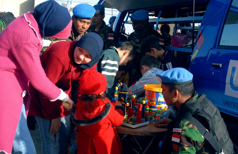 UNIFIL conducting educational and recreational activities for communities