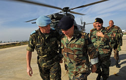 Lebanese Army Commander visits UNIFIL, 12 December 2011